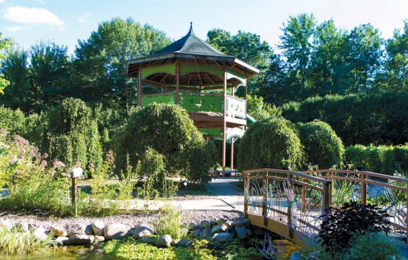 Children's Garden treehouse at the Green Bay Botanical Garden