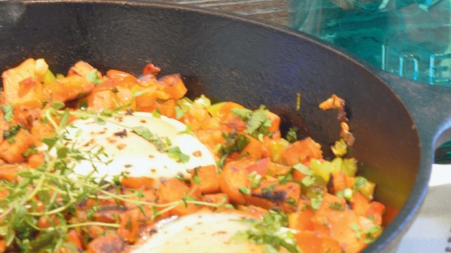 CAST IRON SKILLET SWEET POTATO HASH WITH EGGS