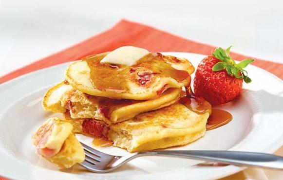 Strawberry Ricota Pancakes